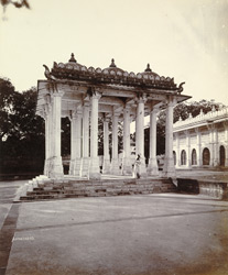 Pavilion in front of Shaikh Ahmad Ganj Baksh's Tomb at Sarkhej, near Ahmadabad 1772